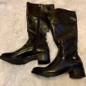 Etienne Aigner wide calf leather boots size 6.5